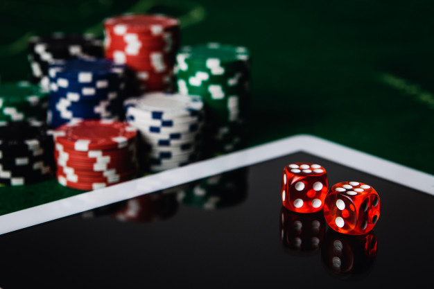 Learn On How To be Good In Playing Online Poker